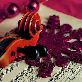 Christmas in Music II by Ana Russo