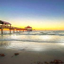 Clearwater Beach Sunset by Susan Rydberg
