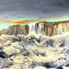 Cliff by Soraya Silvestri