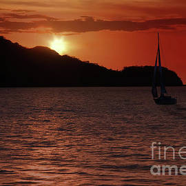 Costa Rica Sailing by Ed Taylor