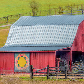 Country Quilt Barn in Tennessee by Marcy Wielfaert