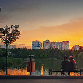 Couple meets the sunset together by Psycho Shadow