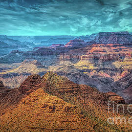 Creative Series 2021 Grand Canyon WoW by Chuck Kuhn