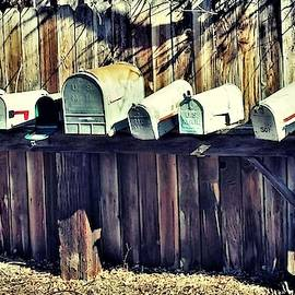 Crooked Country Mailboxes