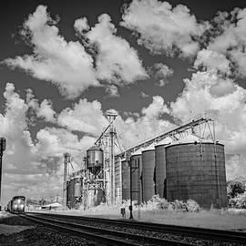 CSX Southbound at Corning Arkansas by Jim Pearson