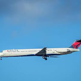 Delta Airlines Jet N915DE McDonnell Douglas MD88 Jackson Atlanta International Airport Art by Reid Callaway