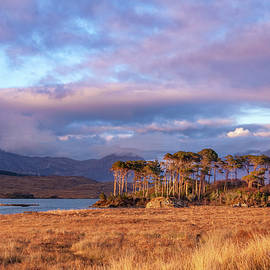 Derryclare Lough by Rob Hemphill