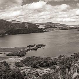 Derwentwater in monochrome by Francisco Ruiz Navas