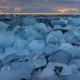 Diamond beach  by Giorgos Karampotakis