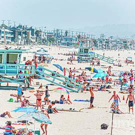 Different Beach Experiences  by David Zanzinger