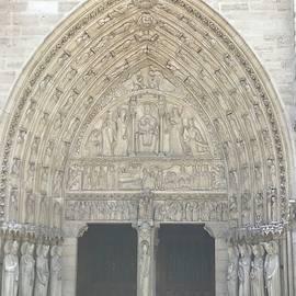 Door to Notre Dame