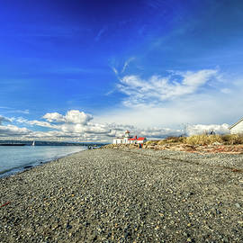 Down the Beach at Discovery Park by Spencer McDonald