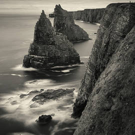 Duncansby Stacks by Dave Bowman