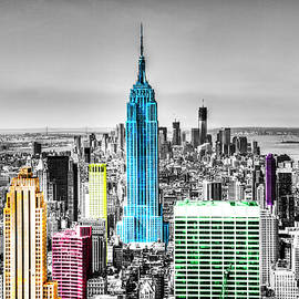 Empire State Building, Downtown Manhattan, New York City by Paul Thompson
