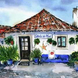 Estrela do Mar - Casa Portuguesa by Dora Hathazi Mendes