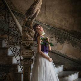 Fidel's Ballerina by Robin Yong