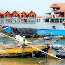 Scenic Lang Co, Vietnam by Madeline Ellis
