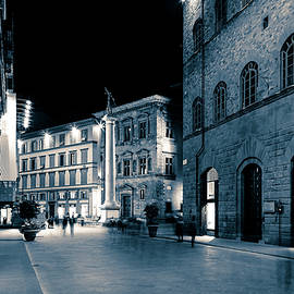Florence streets by night by Alexey Stiop