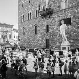 Florence tourists in the Piazza della Signoria by Casimiro Art