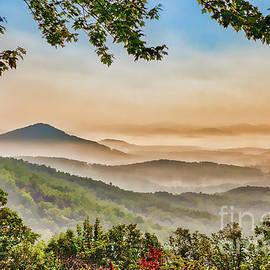 Foggy Mountains Below fx by Dan Carmichael
