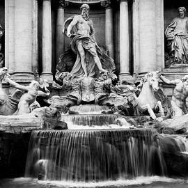 Fontana di Trevi by Lewardeen