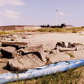 Fort Sumter Kayaking by Matt Richardson