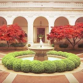 Freer Gallery of Art, Washington DC by Slawek Aniol