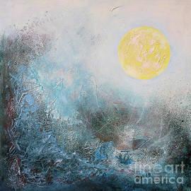 Full Moon by Jutta Maria Pusl
