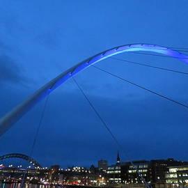 Gateshead Millennium Bridge at night by Ranim Asfahani