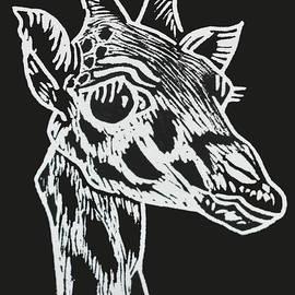 Giraffe by Beatriz Portela