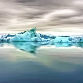 Glacier Lagoon Reflection by Francis Sullivan