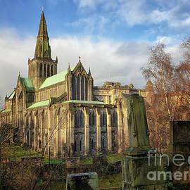 Glasgow Cathedral by Lynn Bolt