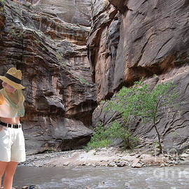 Going into the Low Desert River Cut by Broken Soldier