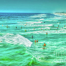 Good Ocean Wave Day by David Zanzinger