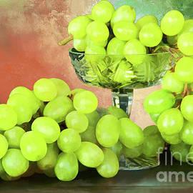 Green Grapes Still Life by Regina Geoghan