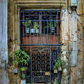 Havana Doorway by Chris Lord