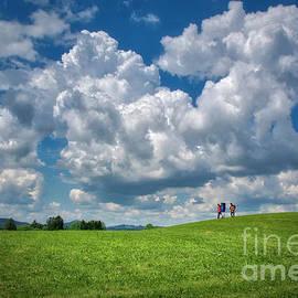 Hiking the Green Land by Edmund Nagele