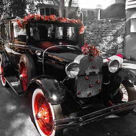 Holiday Classic Ford, Charleston by Matt Richardson