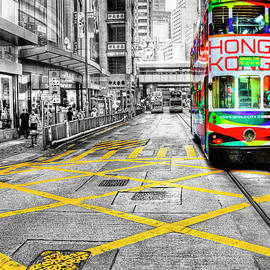 Hong Kong Tram by Paul Thompson