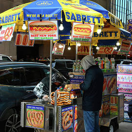 Hot Pretzel Stand, New York City by Jerry Griffin