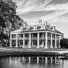 Houmas House Reflection - BW by Scott Pellegrin