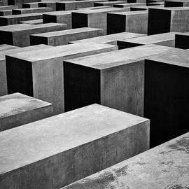 Jewish Memorial by Dave Bowman