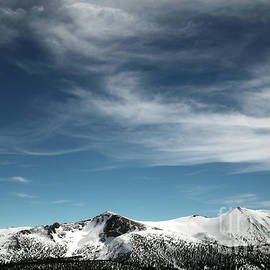 Jobs Sister avalanche, Humboldt Toiyabe National Forest, California, U. S. A. by PROMedias
