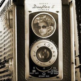 Kodak Duaflex Ii - Monochromatic by Anthony Ellis