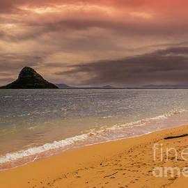Kualoa Beach by Mitch Shindelbower
