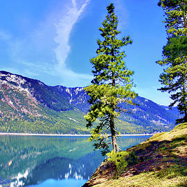 Lake by Cle Elum by Susan Buscho