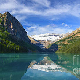 Lake Louise by Henk Meijer Photography