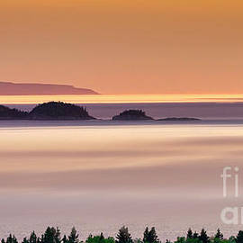 Lake Superior Pano Landscape by Charline Xia