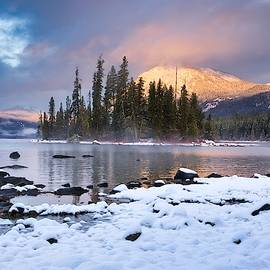 Lake Wenatchee Light by Lynn Hopwood