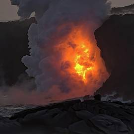 Kamokuna Lava Ocean Entry 2017 by Heidi Fickinger